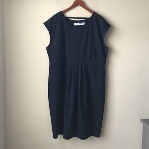 Old Navy blue maternity dress